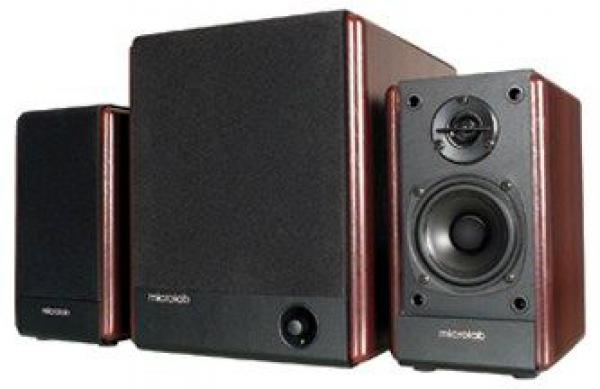 Microlab FC330 Aktivni drveni zvucnici 2.1 56W RMS(24W,2x16W), 3.5mm